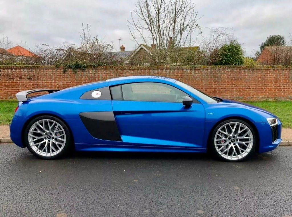 Blue Audi Waiting for Top-Tuning