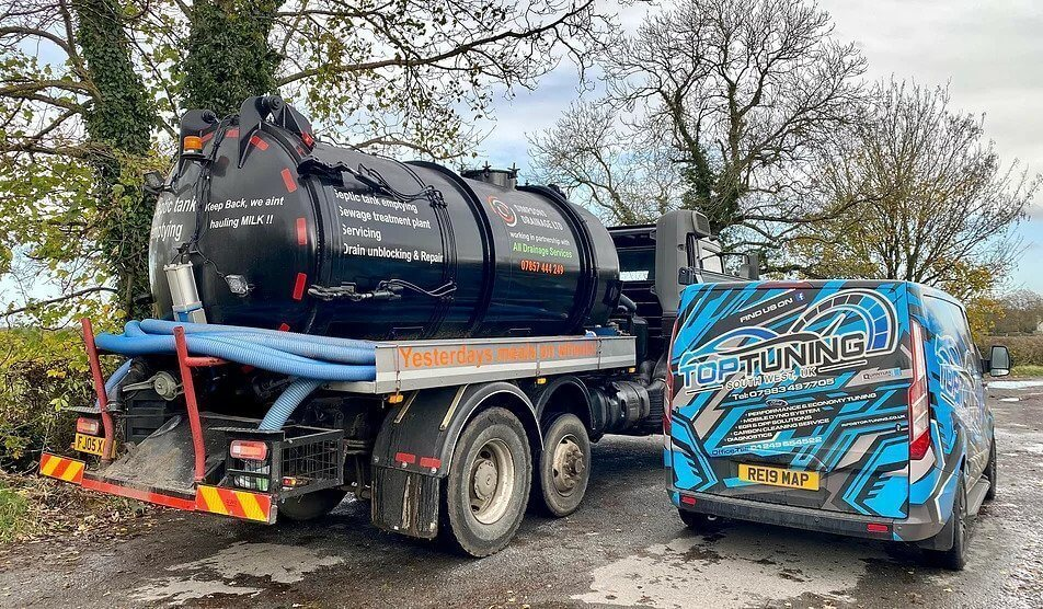 Top tuning mobile service working on septic truck lorry